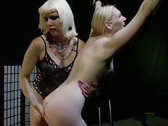 Horny fingering plus wild ass slapping with voracious bitch Goddess Starla