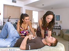Feeling amazing slutty Kristina Rose shares mincing dick for fantastic MFF
