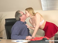 Filthy young blond assistant Rebecca Perfidious gets intimate in the air her old boss